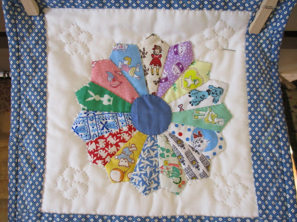 186, DRESDEN PLATE (signed and dated), 10x10, Pieced by Dorothy Crider, Quilted by Marie Eby