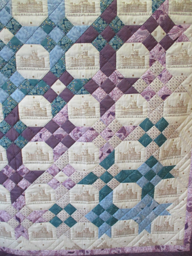 191, DOWNTON SNOWBALL (signed and dated), 52x69, Pieced by Karen Manderson, Quilted by The Cumberland Valley Relief Center