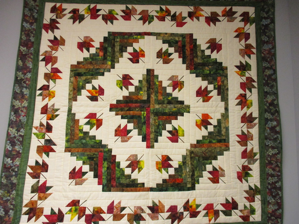 232, OAK LEAF LOG CABIN (signed and dated), 64x64, Pieced by Rachel Horst, Quilted by The Cumberland Valley Relief Center