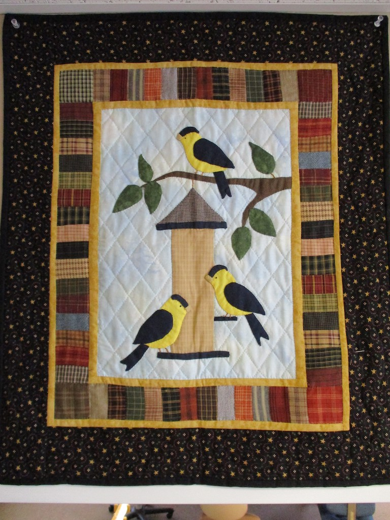 257, SUMMER FINCH (signed and dated), 22x26, Pieced by Rachel Horst, Quilted by Fannie Frey
