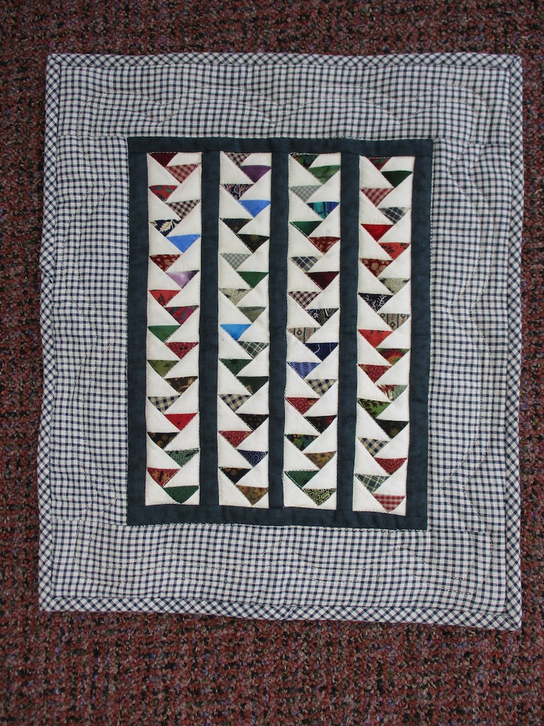 286, FLYING GEESE (machine quilted, signed and dated), 13x15, Pieced, Quilted and Donated by Kathy Mast