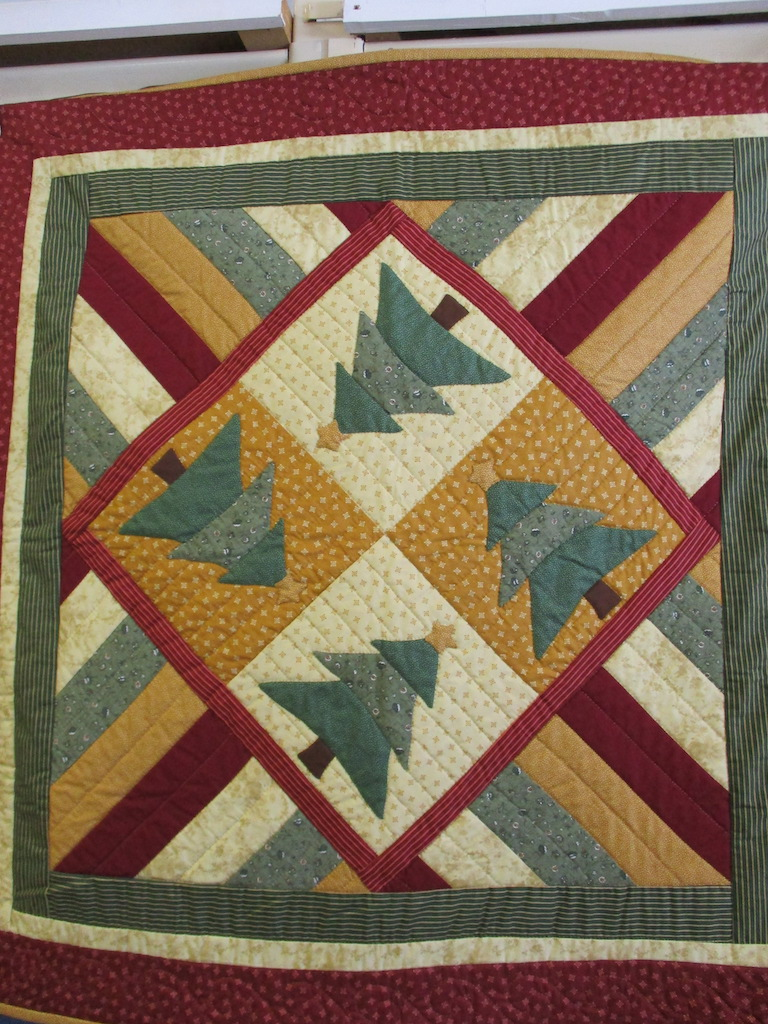 337, VICTORIAN TABLE TOPPER (signed and dated), 38x38, Pieced by Dorothy Crider, Quilted by Susie DeVos