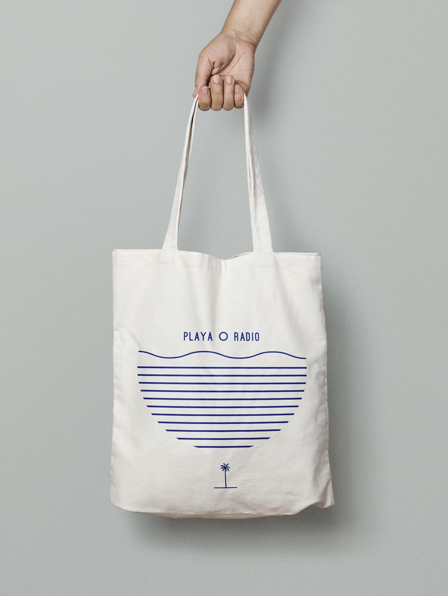 Canvas-Tote-Bag-MockUp.png