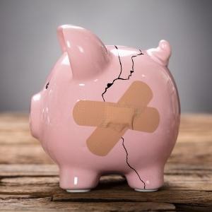 broken-piggy-bank.jpg
