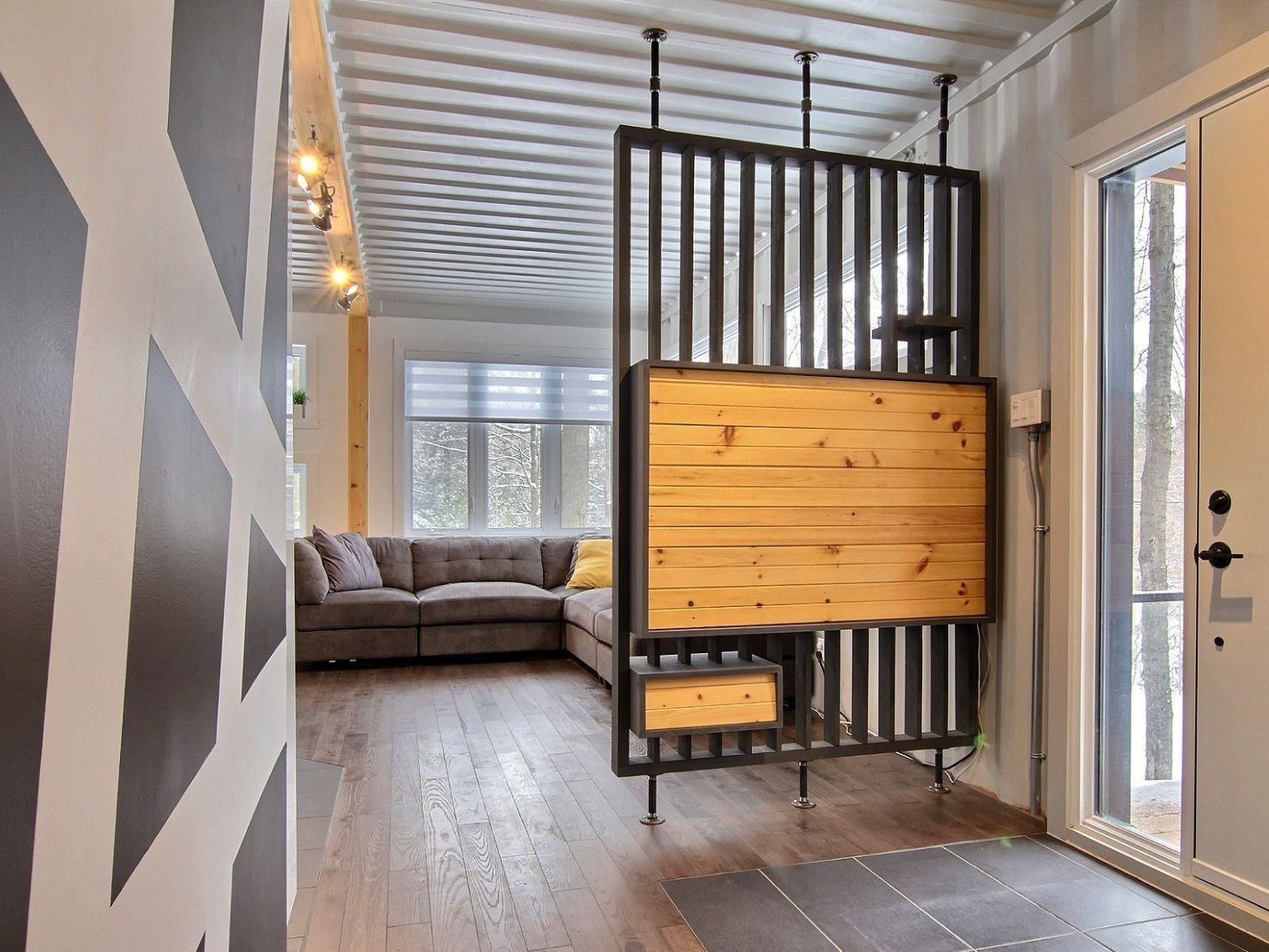 entree-maison-a-un-etage-et-demi-a-vendre-rigaud-quebec-province-1600-8478608.jpg