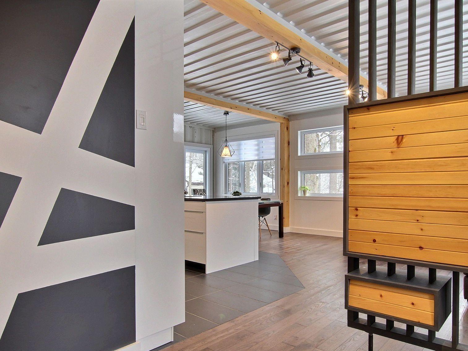 entree-maison-a-un-etage-et-demi-a-vendre-rigaud-quebec-province-1600-8478609.jpg