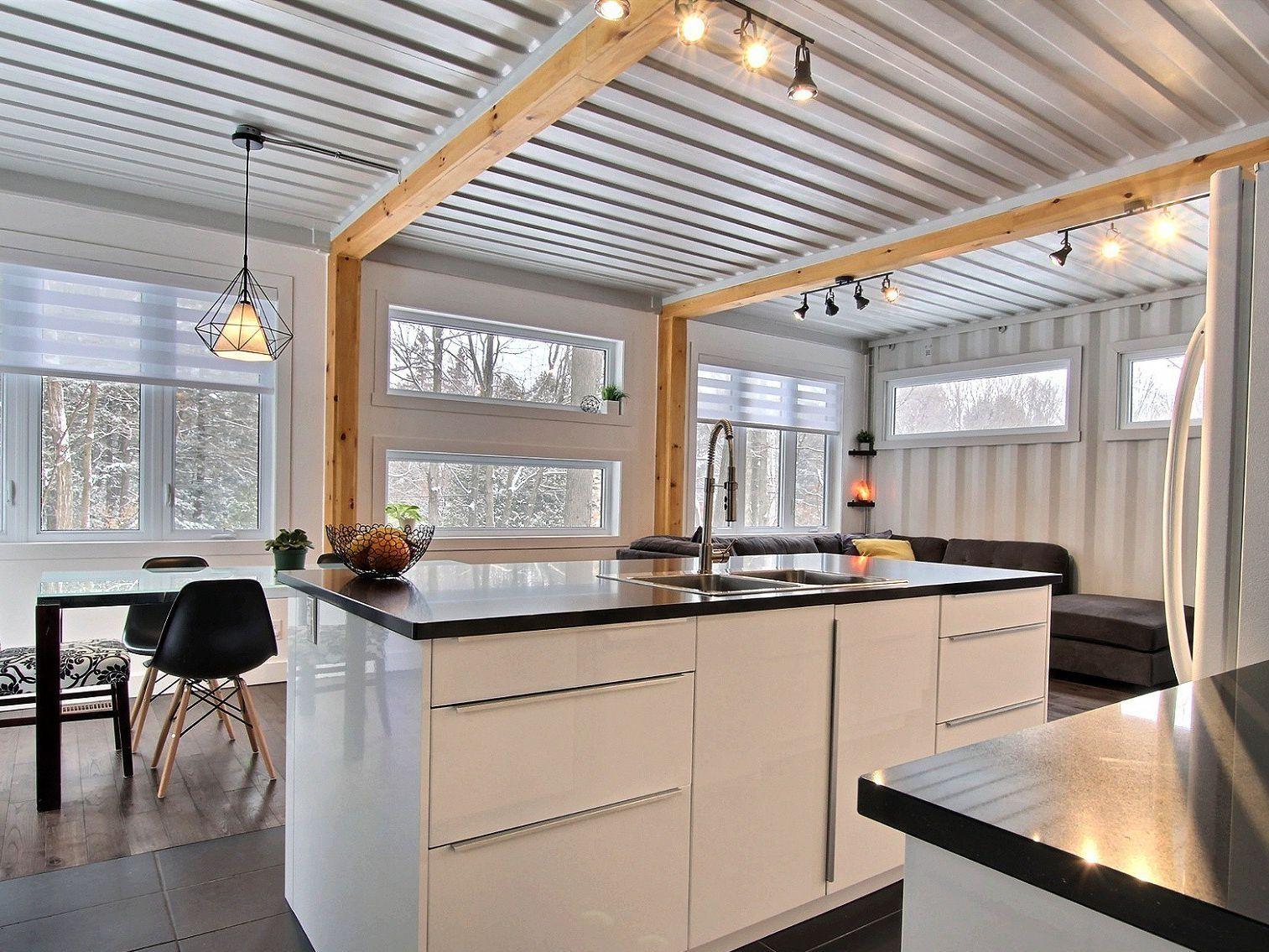 salle-a-manger-cuisine-maison-a-un-etage-et-demi-a-vendre-rigaud-quebec-province-1600-8478603.jpg