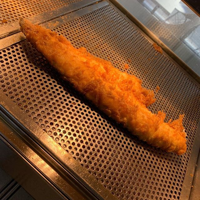 It's Friday And We Have Some Great Sustainable Extra Large Line Caught Haddock Available Cooked In Our Light and Crispy Natural Batter.🐟