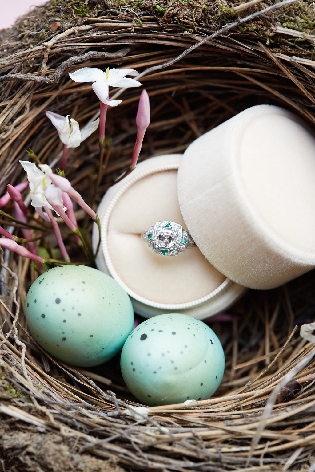 amonié-ring-boxes-wedding-engagement-artist-profile-7-unearthing.tc.jpg
