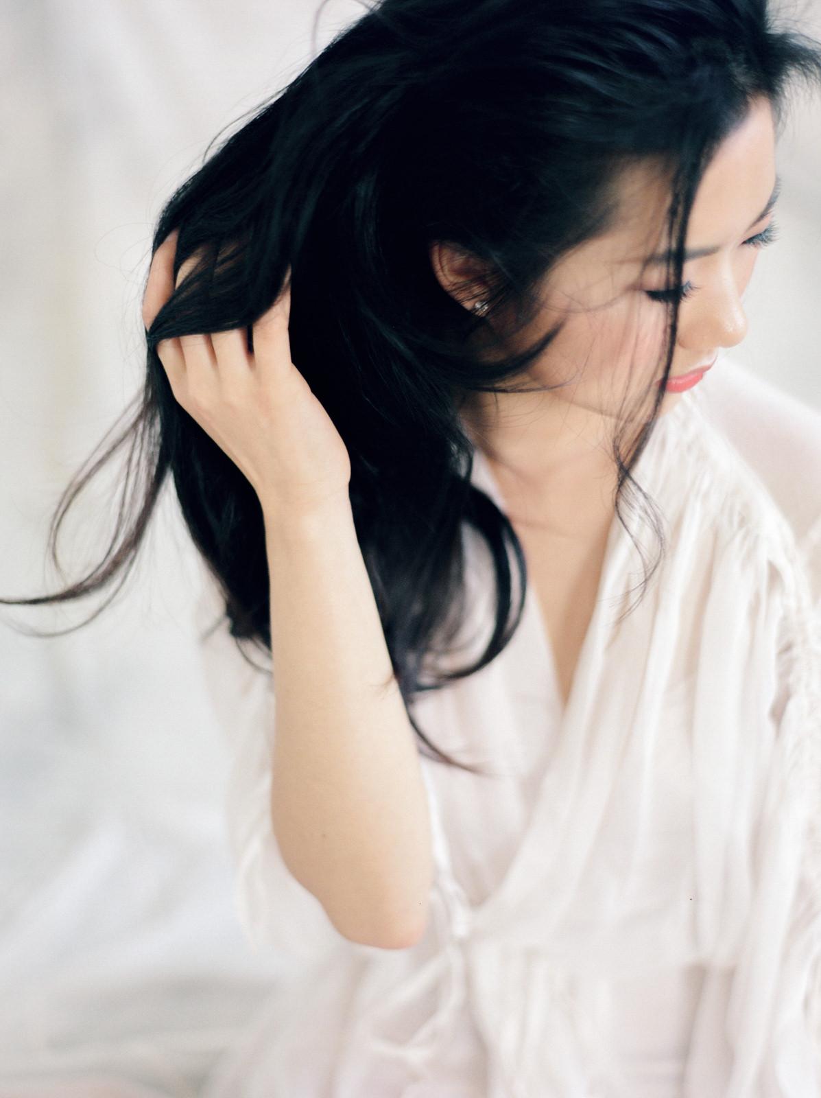 sandra-chau-stylist-fine-art-editorial-shoot-wedding-dress-hair-unearthingtc-1.jpg