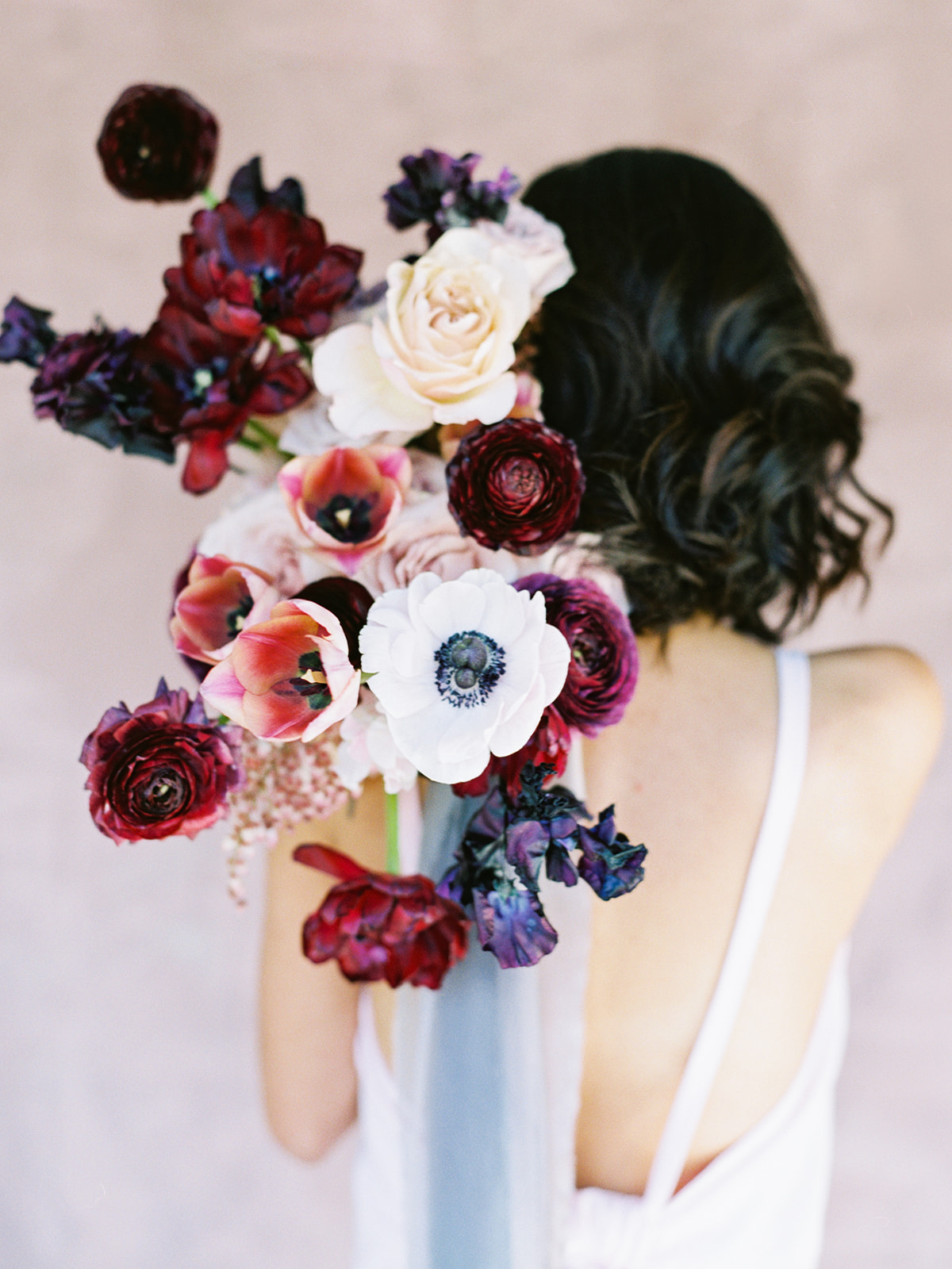sandra-chau-stylist-fine-art-editorial-shoot-wedding-inspiration-redflowers-unearthingtc-2.jpg
