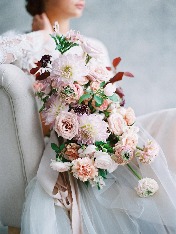 sandra-chau-stylist-fine-art-editorial-shoot-florals-dahliabouquet-unearthingtc-1.jpg