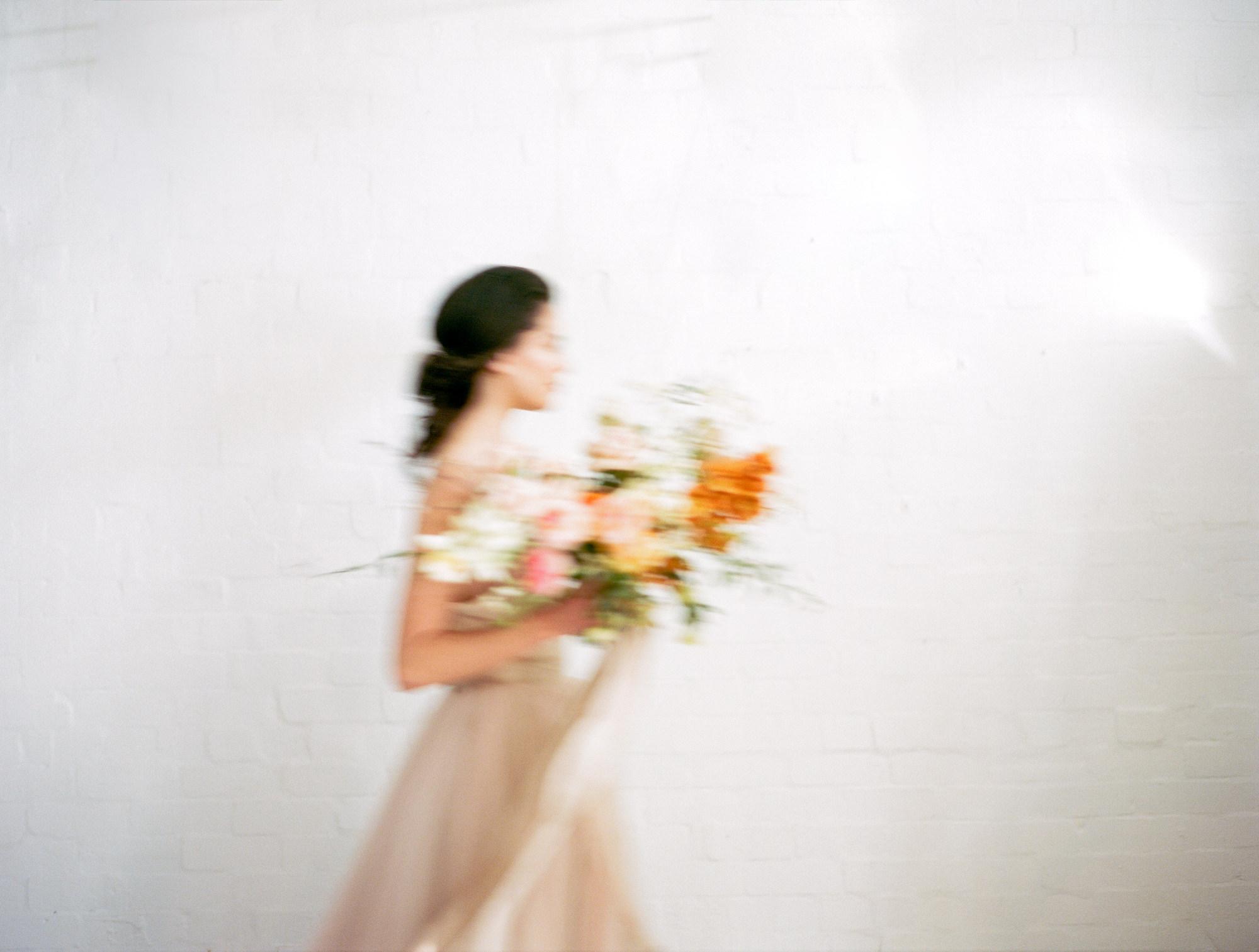 sandra-chau-stylist-fine-art-editorial-shoot-wedding-inspiration-feminine-movement-unearthingtc-1.jpg
