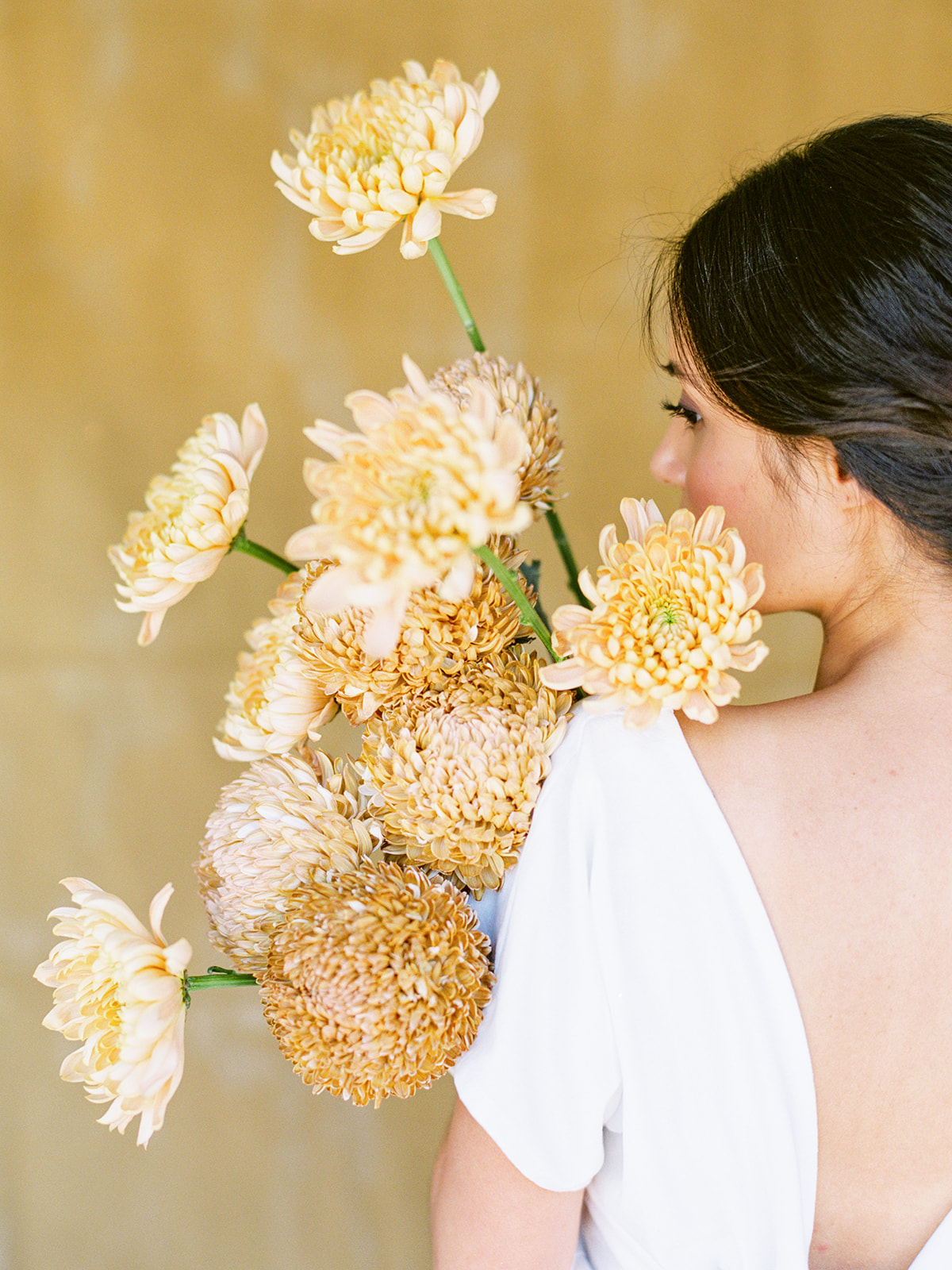 sandra-chau-stylist-fine-art-editorial-shoot-wedding-inspiration-yellowflowers-unearthingtc-1.jpg