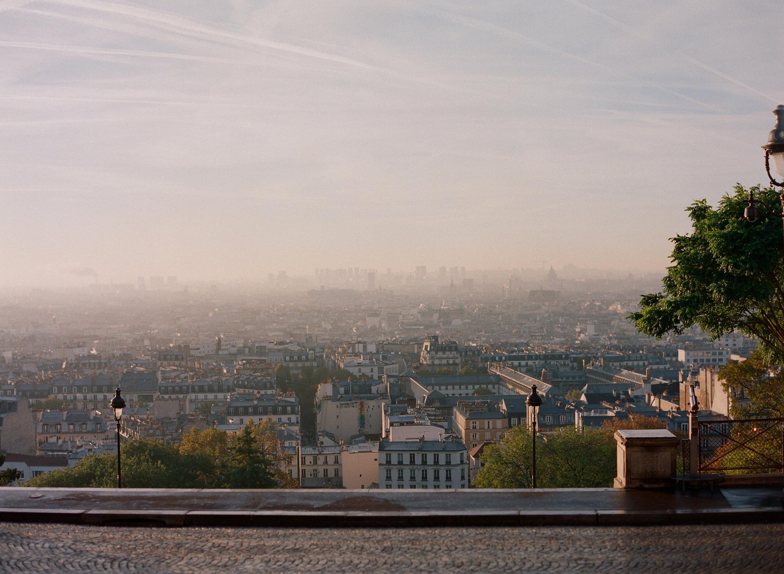 lauramurray-travel-destinationphotography-creativetravel-artists-filmphotography-unearthingtc-europe-paris.JPG