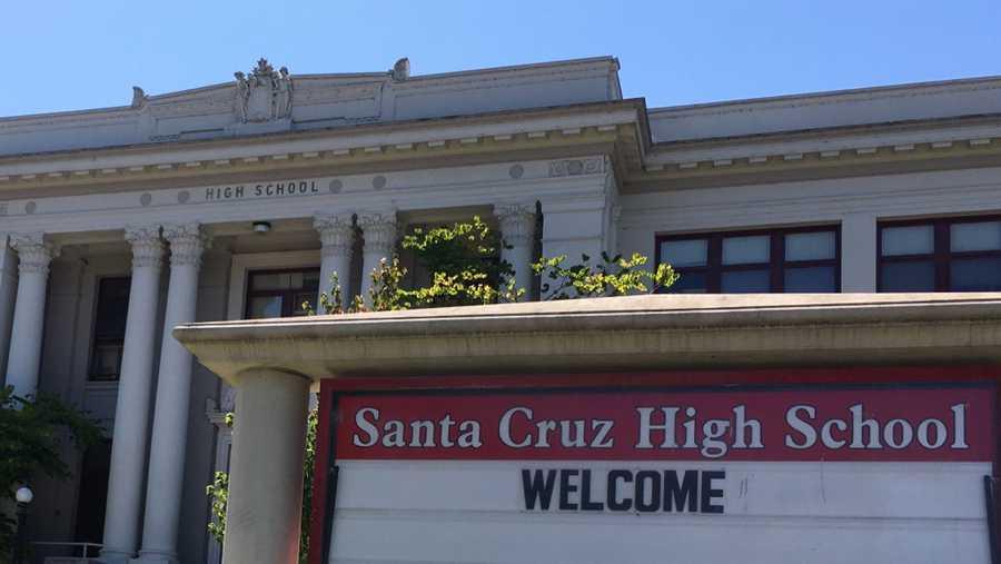 Santa cruz high school.jpg