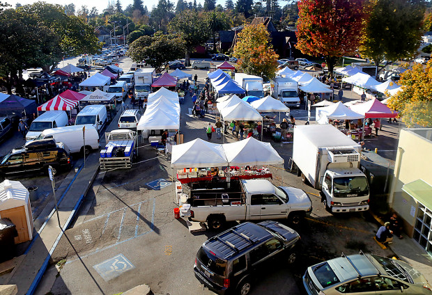 Downtown Santa Cruz Farmers Market.jpg