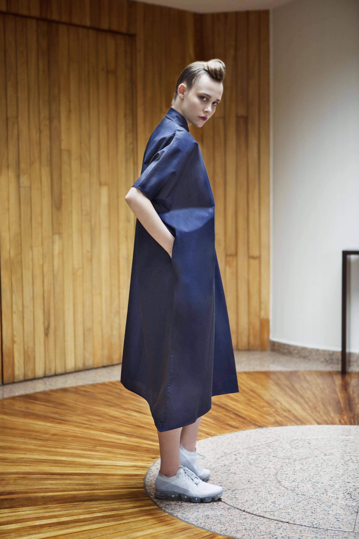 ZUGA DRESS BACK .jpg