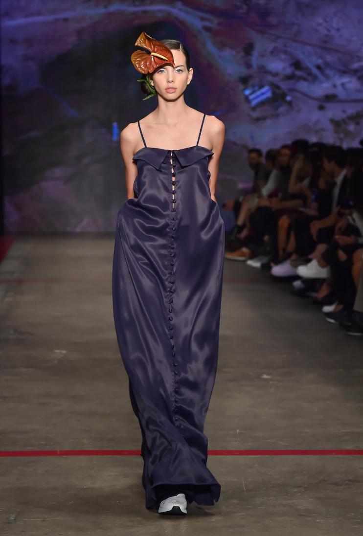 Cynthia Buttenklepper , Buttoned dress