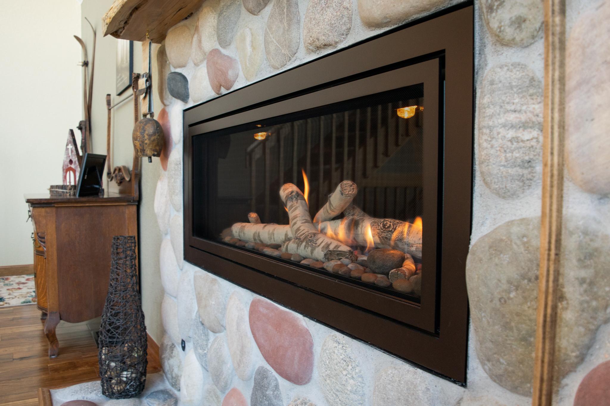 Mendota ML47 Gas Fireplace