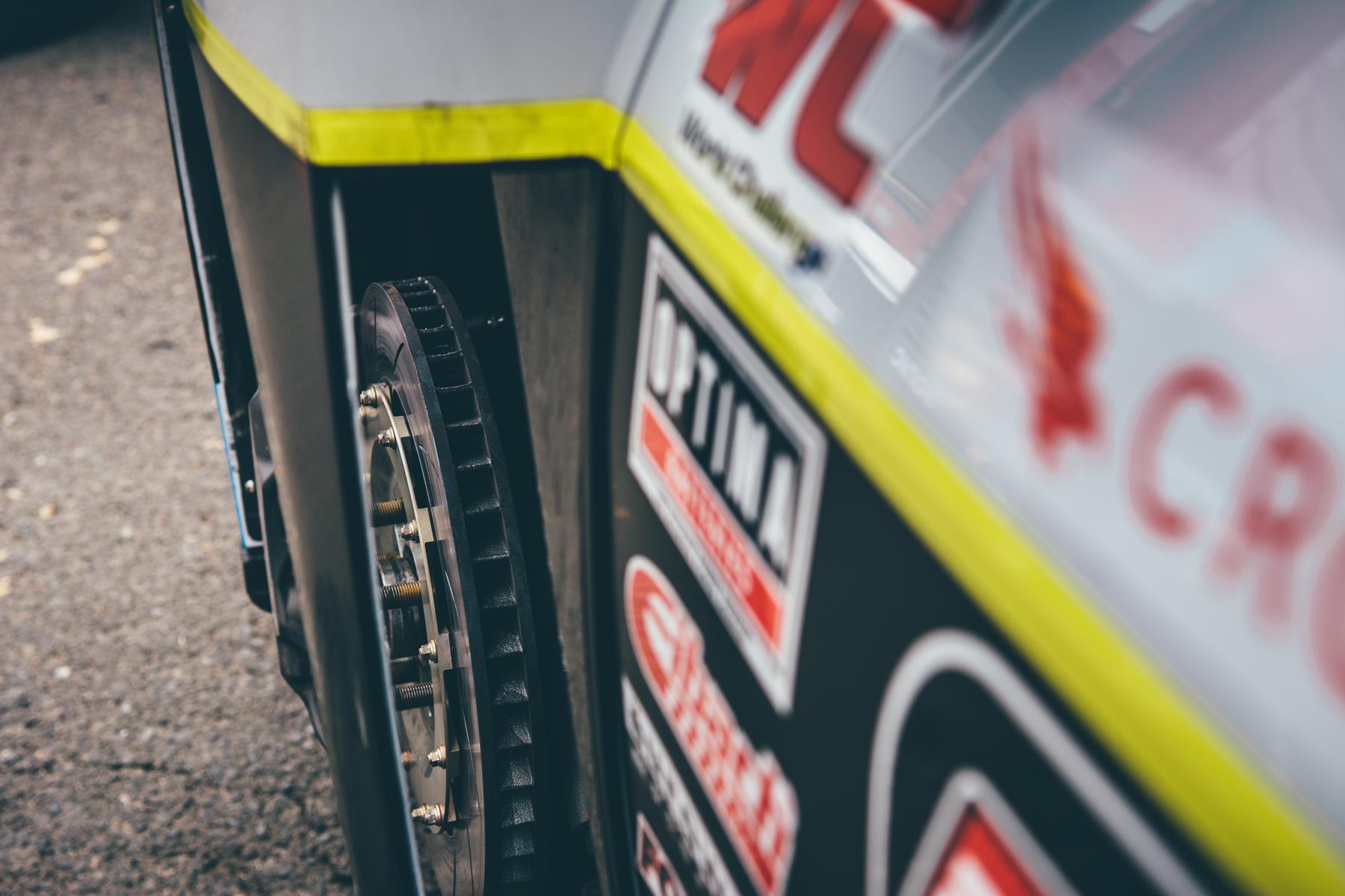 pirelli-world-challenge-pir-fcp-euro-mk7-volkswagen-gti-tcr-05.jpg
