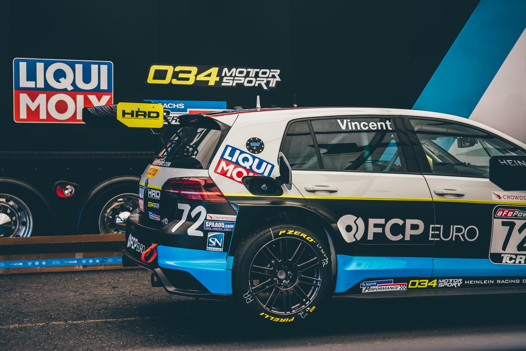pirelli-world-challenge-pir-fcp-euro-mk7-volkswagen-gti-tcr-11.jpg
