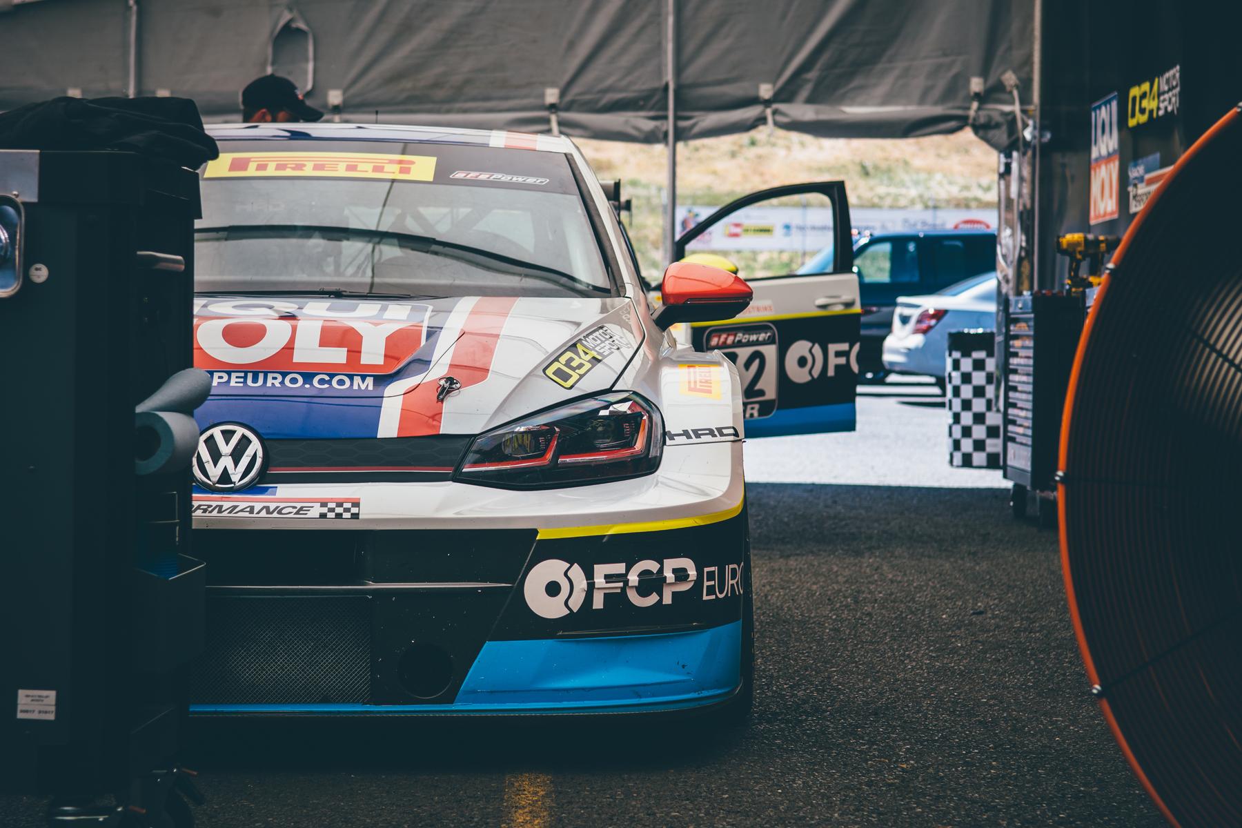pirelli-world-challenge-pir-fcp-euro-mk7-volkswagen-gti-tcr-13.jpg