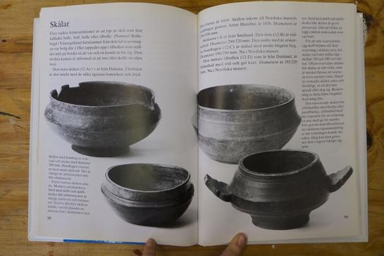 Images of traditional Scandinavian ale bowls, from the book, Träsvarvning efter gamla förebilder, by Hans Mårtensson.