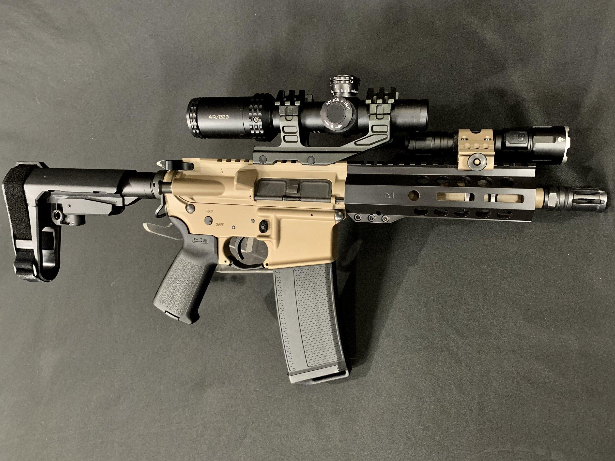 M17 E-170 / GRAPH BLACK H-146