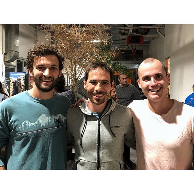 Stoked to meet these legends last week.  Chatted to @kjorgeson about the infamous dyno pitch (#16, 5.14c) which once broke his ankle and was tactfully dodged by both Tommy Caldwell and Adam Ondra on their ascents. Kevin told us the starting hold flexes a lot as you line up for the 8ft lateral leap, with one foot smearing and the other on a tiny bump. Suppressing the swing is key to nailing the dynamic move. To get this right Kevin got Tom to belay with a short rope, which would help catch his swing. On each jump he'd then let more length of rope out until he had the swing fully controlled by himself.  We'd love to give this move a crack, even with that daunting grade. Definitely high up on our list of routes to replicate... stay tuned.  We also quickly talked to @tommycaldwell about resilience. He mentioned this focused zone he'd enter when executing difficult climbing challenges, and how this could be applied when facing other big challenges in life. This is probably a poor retelling of the chat, so you'll have to check out his book The Push to get the full inside scoop.