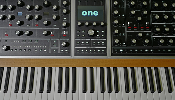 NJP Studios Synthesizer Moog One