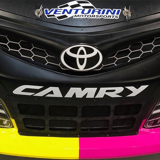 Stoked to be running my 3rd and final #ARCA race of the year this weekend at @salem_speedway with @venturinimotorsports It's throwback weekend so I'll be running a special paint scheme. Stay tuned for the full design and race preview dropping tomorrow. #flythev #venturinimotorsports #arcaracing