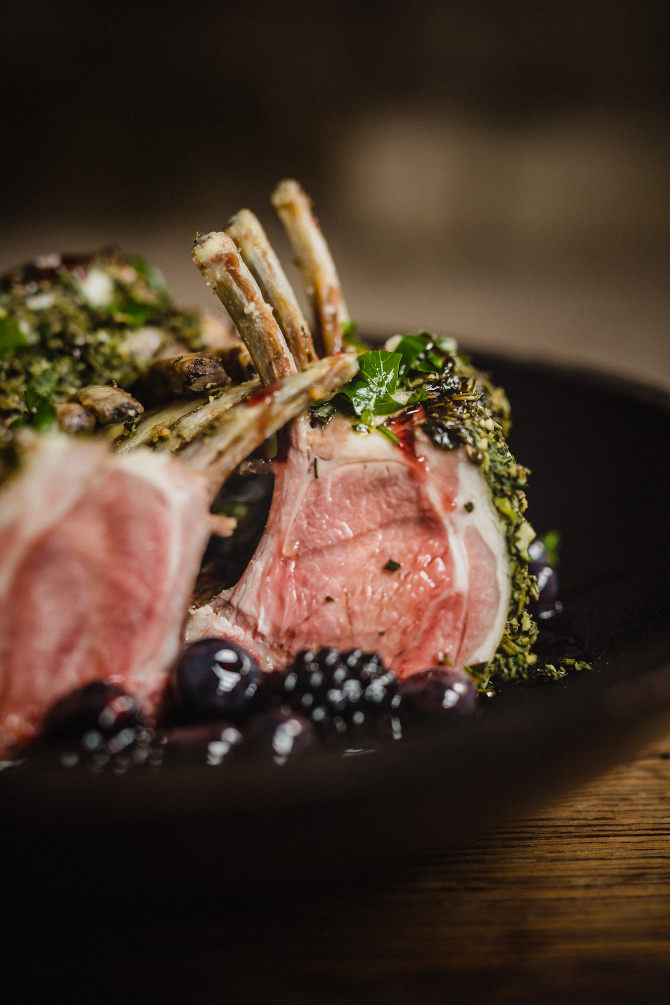 glasgow-caterer-reagan-hallett-rack-of-lamb-berries.jpg