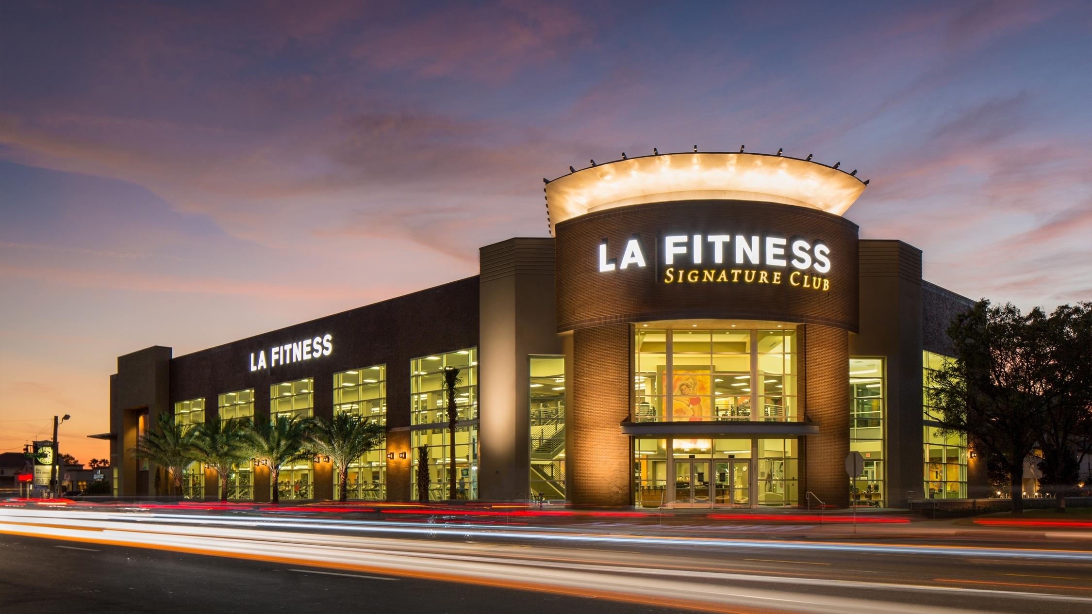 LA Fitness Tampa South - Night.jpg