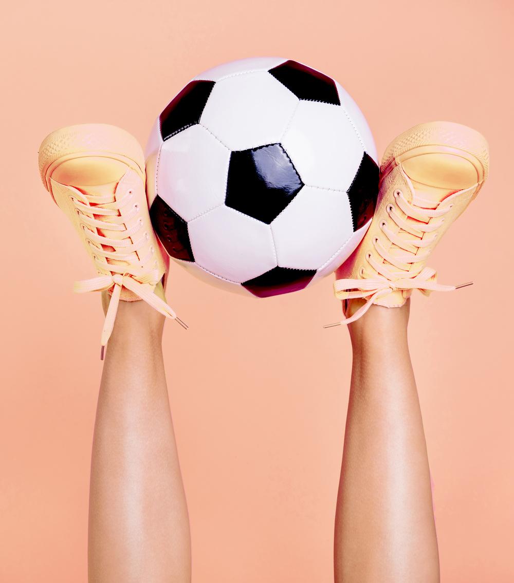 LM_SoccerFeet-skinny.jpg