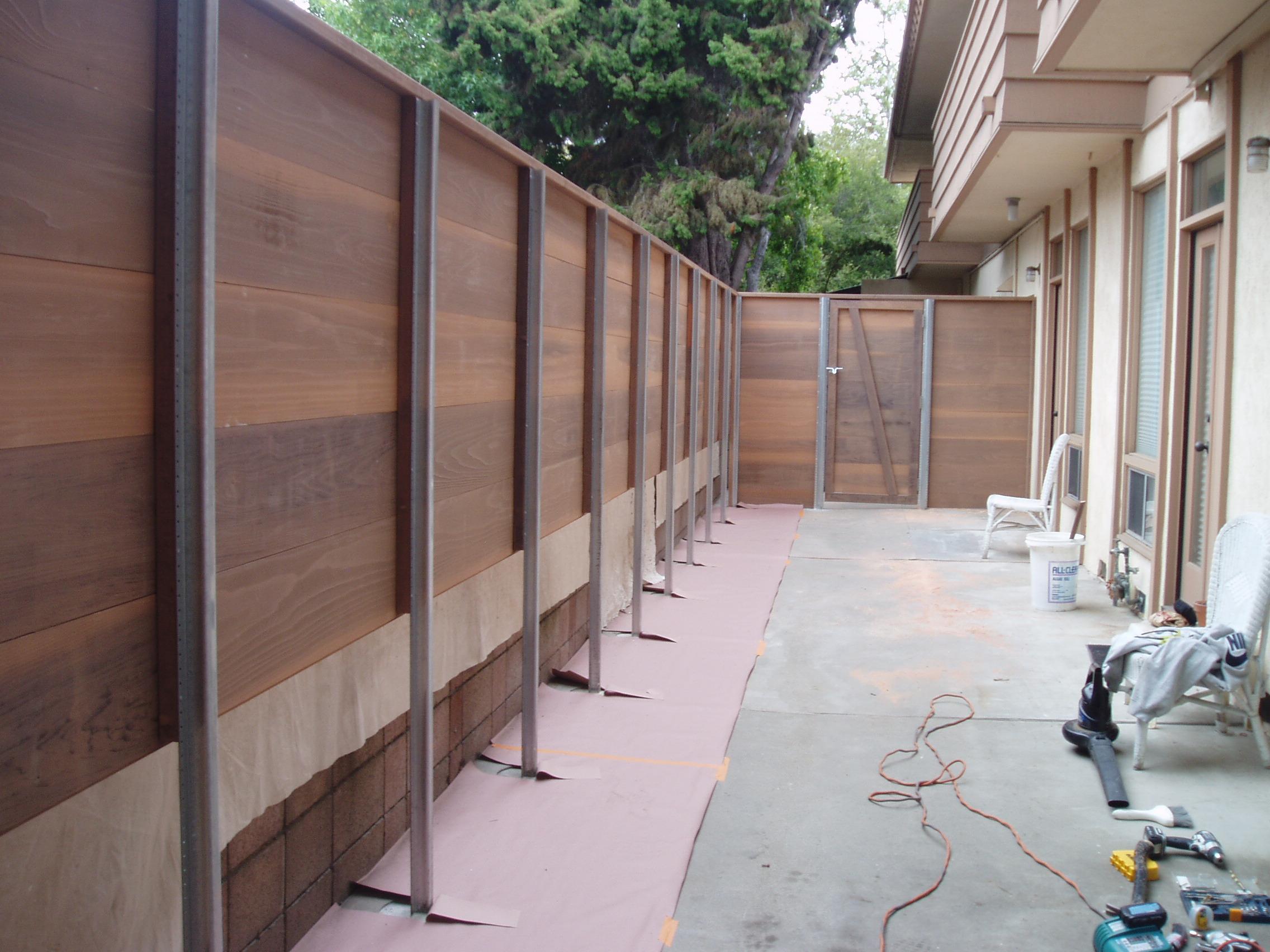 commercial fence.jpg