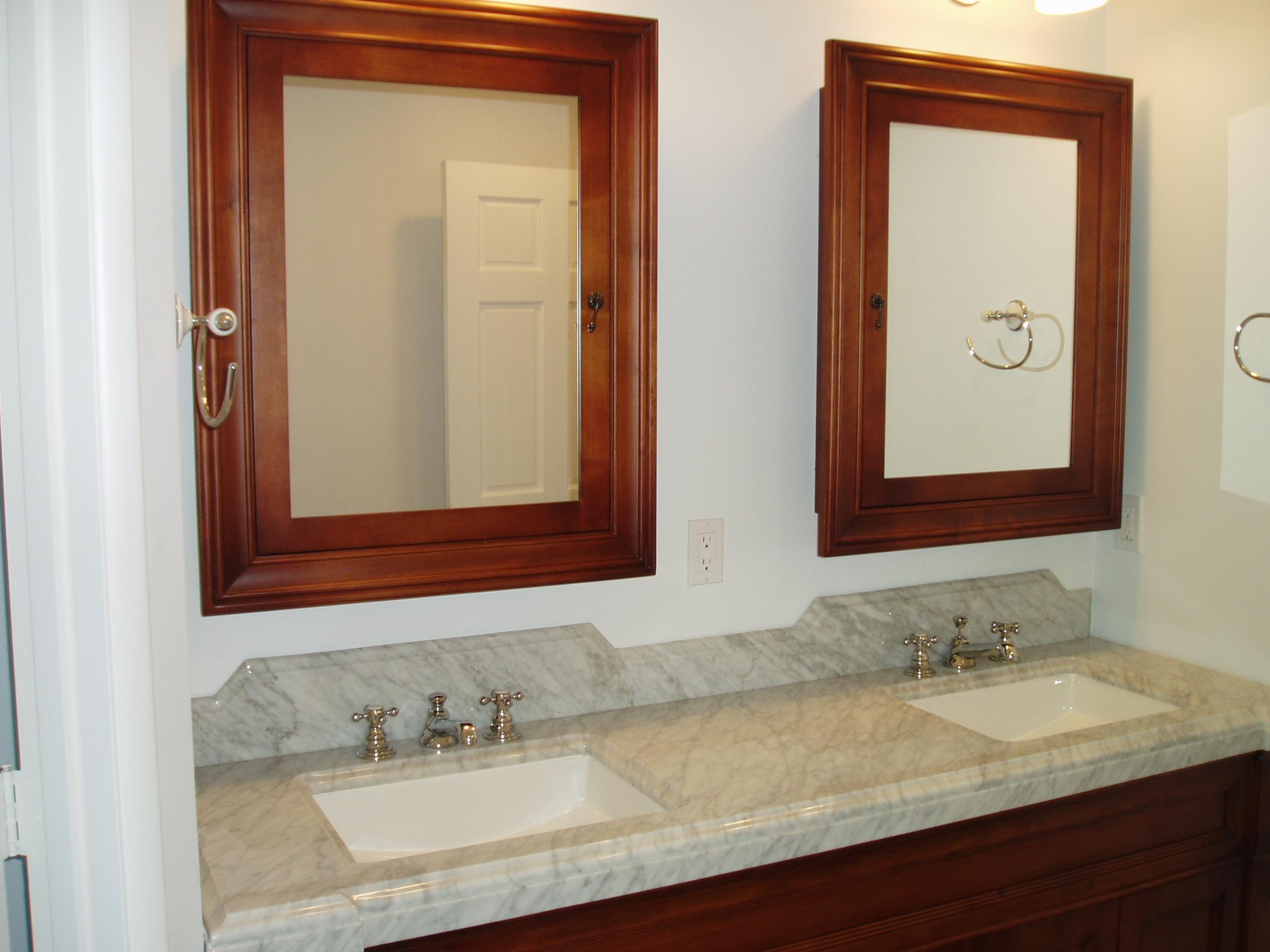 double vanity.JPG