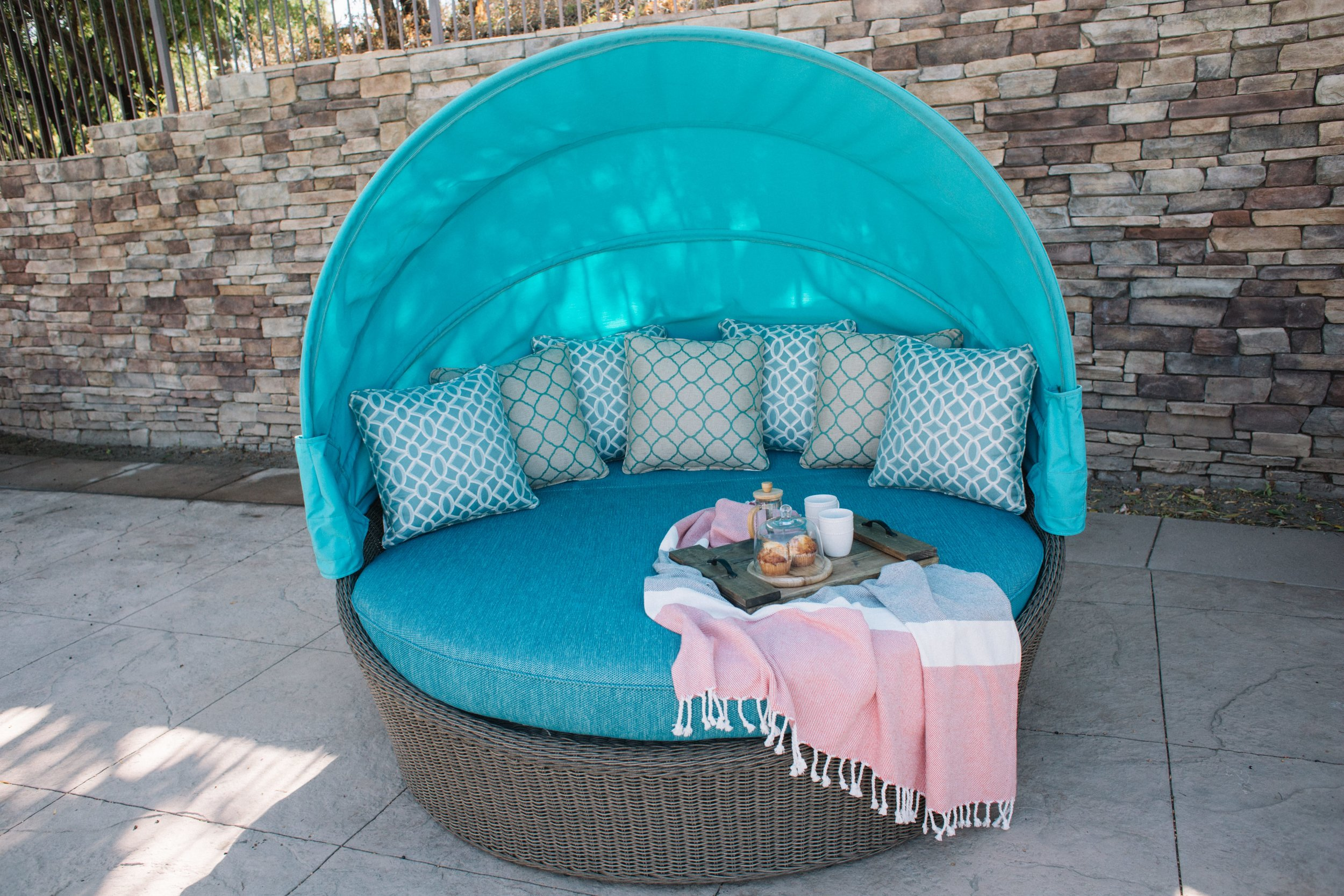 St. Lucia Daybed