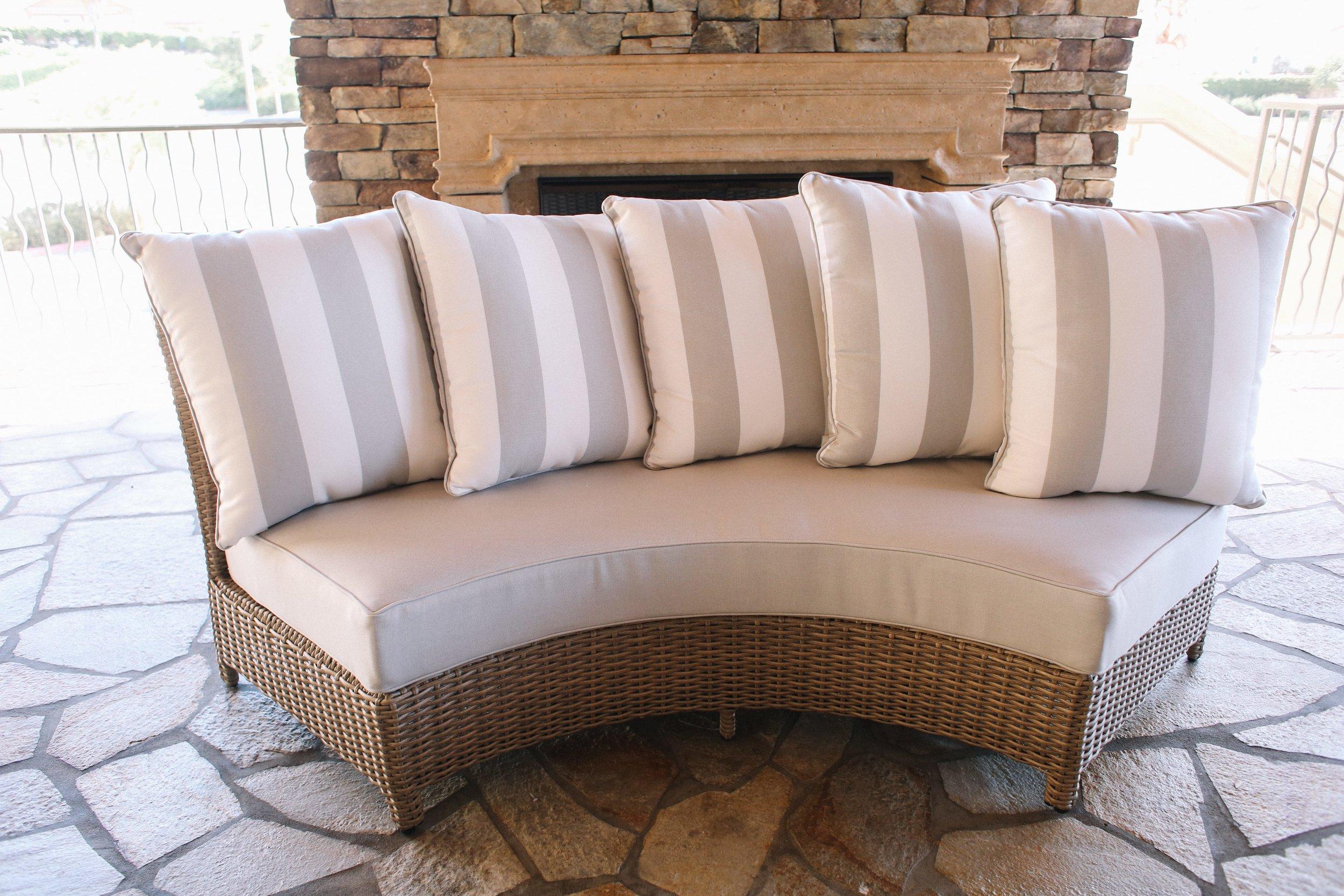 St. Lucia Round Sofa