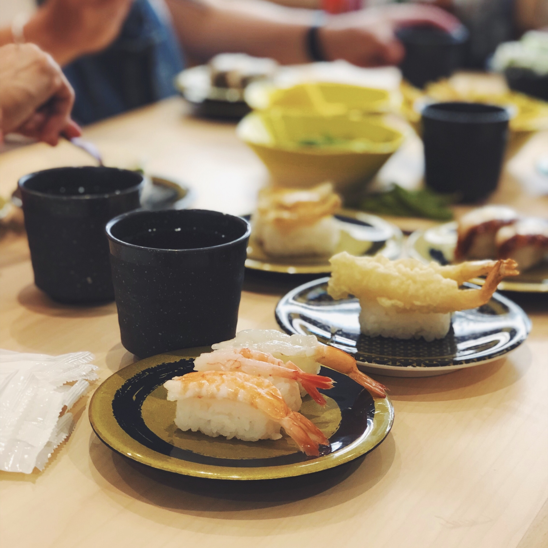 OUR FIRST MEAL IN JAPAN THIS TRIP? SUSHI GO-ROUND