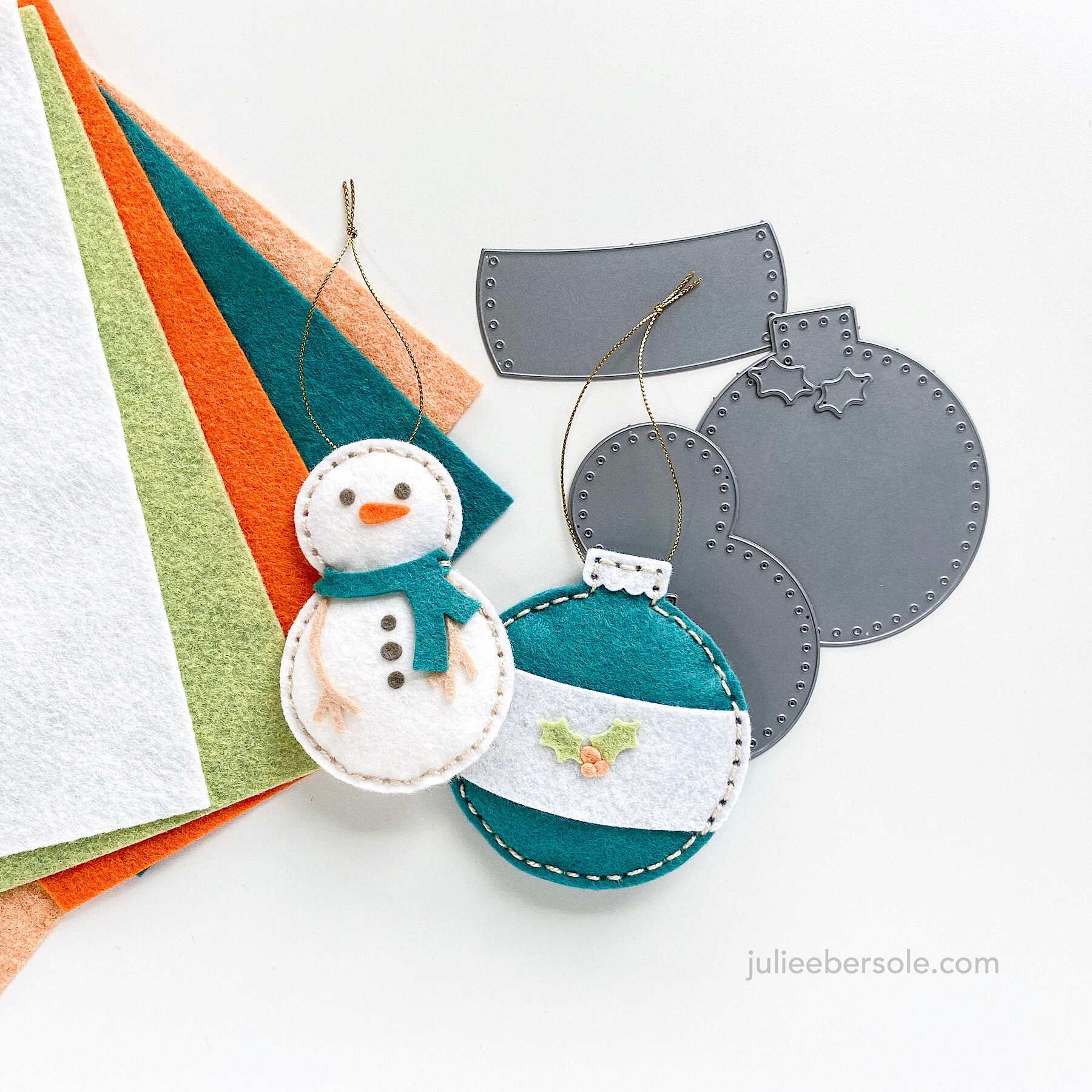 Feat.  Sew Cute Snowman Die Set  |  Sew Cute Ornament Die Set  |  The Color Pop Collection, Essentials By Ellen Wool Felt  |  The Arctic Collection, Essentials By Ellen Wool Felt  |  The Bear Collection, Essentials By Ellen Wool Felt