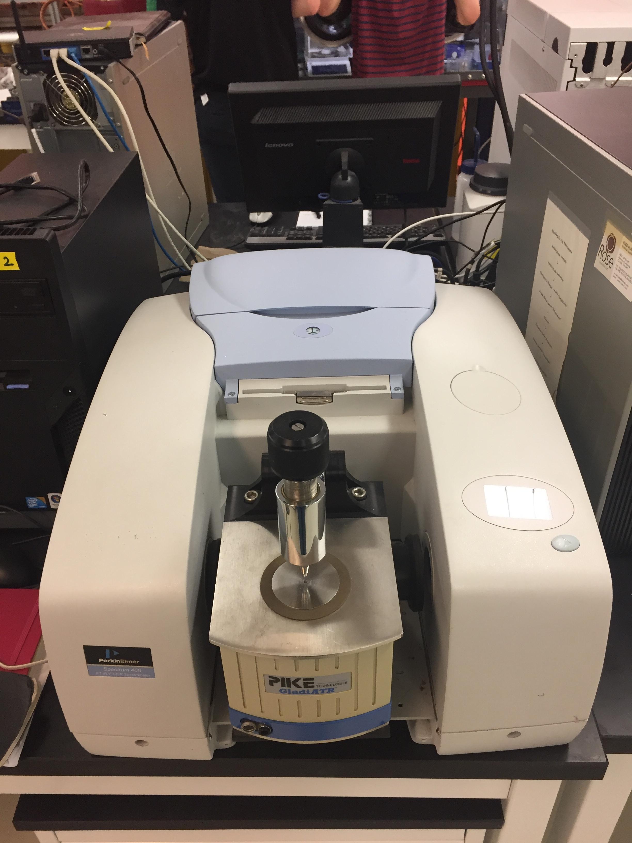 Perkin Elmer Spectrum 400 FT-IR/FT-FIR (CFI funded)
