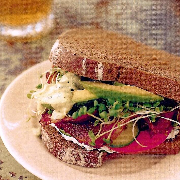 Bacon Avocado sandwiche.jpg