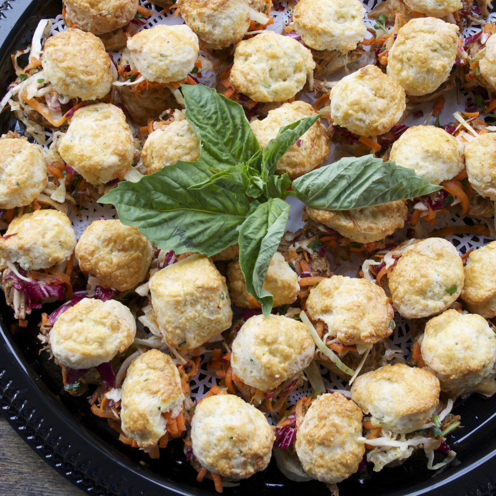 HORS D'OEUVRES & party platters