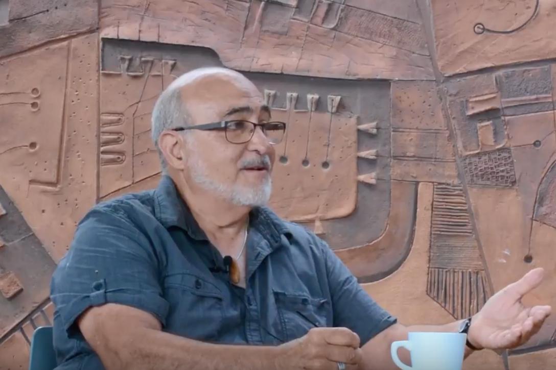 JAIME SUÁREZ - Sculptor, architect, ceramicist…installation artist, set designer, draftsman, teacher. Suárez earned his bachelor's degree in architecture at the Catholic University…{…}