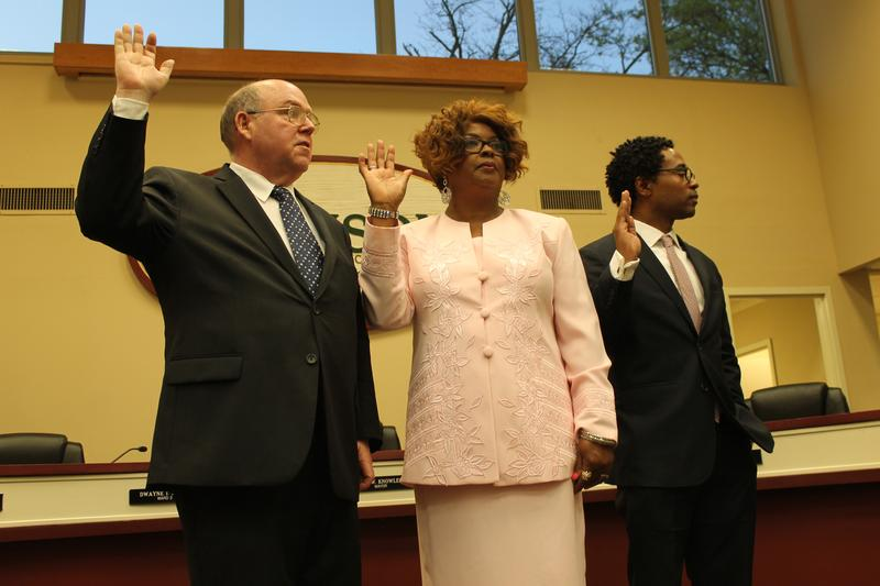 10-fergusons-new-council-members-take-their-oaths-and-face-tough-challenges.jpg