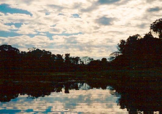 RAI - Safari umani in Amazzonia. Uno scandalo