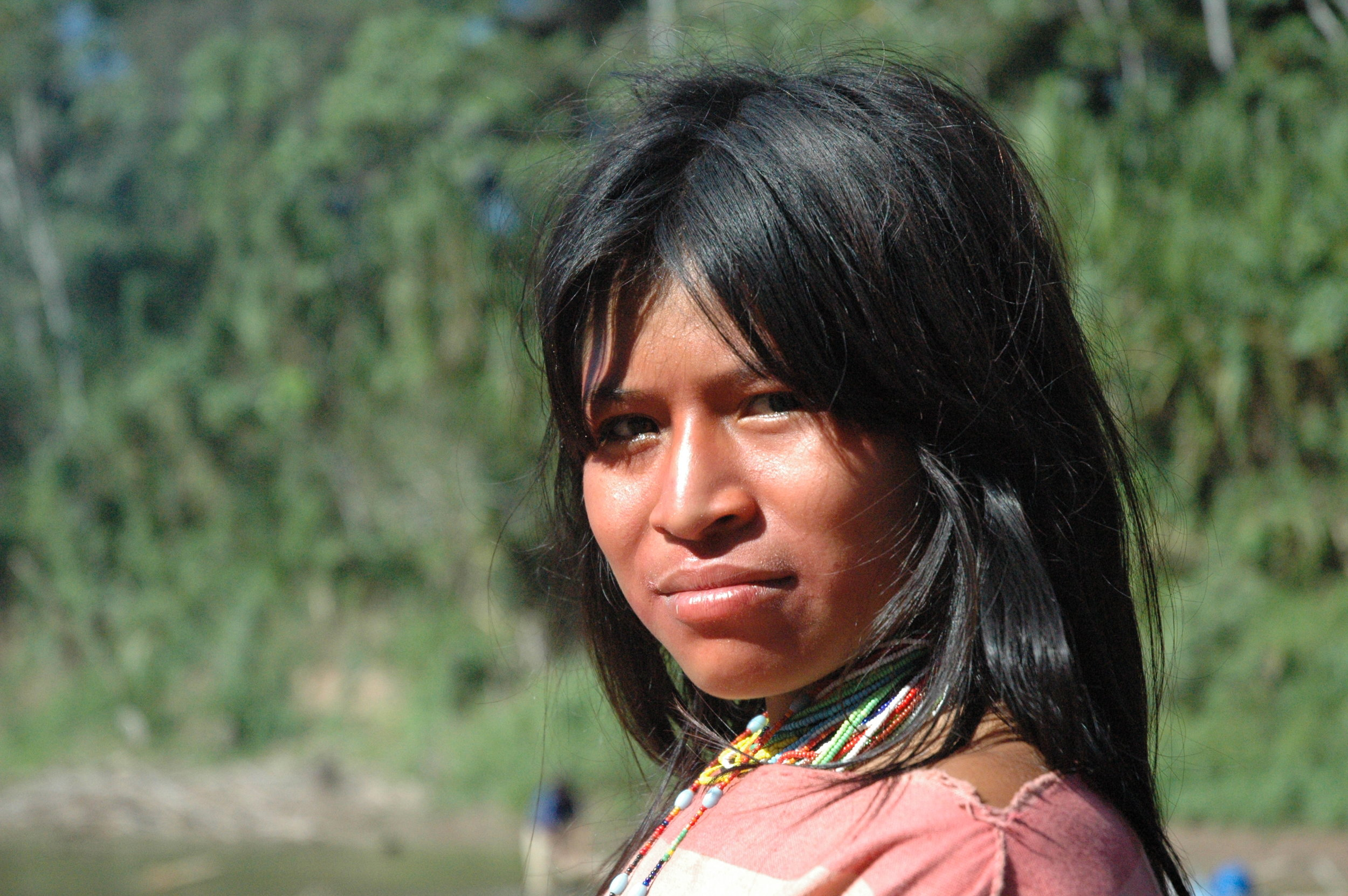 An Ashéninka woman along the upper River Yurúa in Ucayali, Peru. The Ashéninka are one of more than 60 indigenous peoples in Peru. Credit: David Hill/Survival