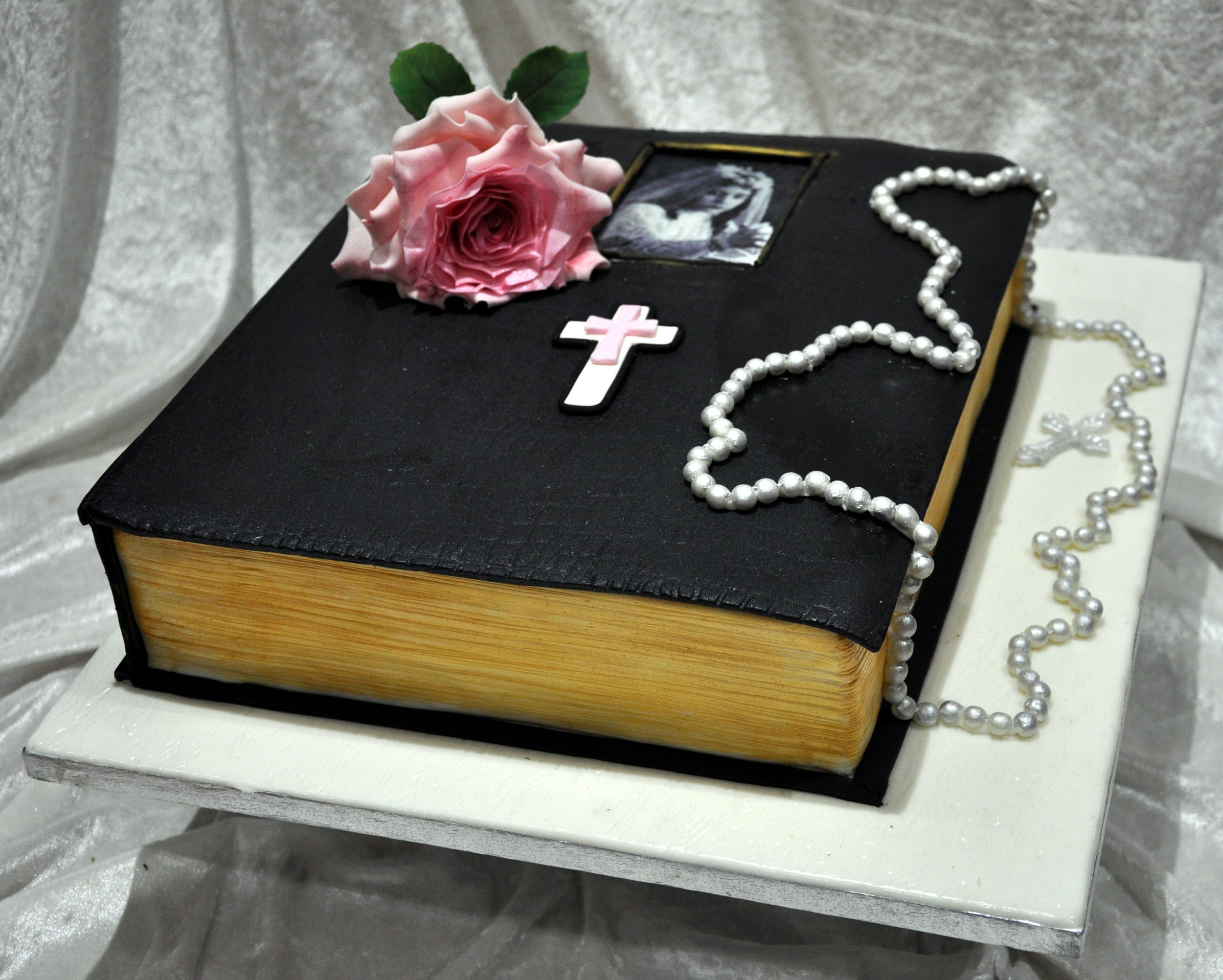 - Beautiful bible birthday cake made for a nun working at the Vatican, bought by her brother as a surprise.