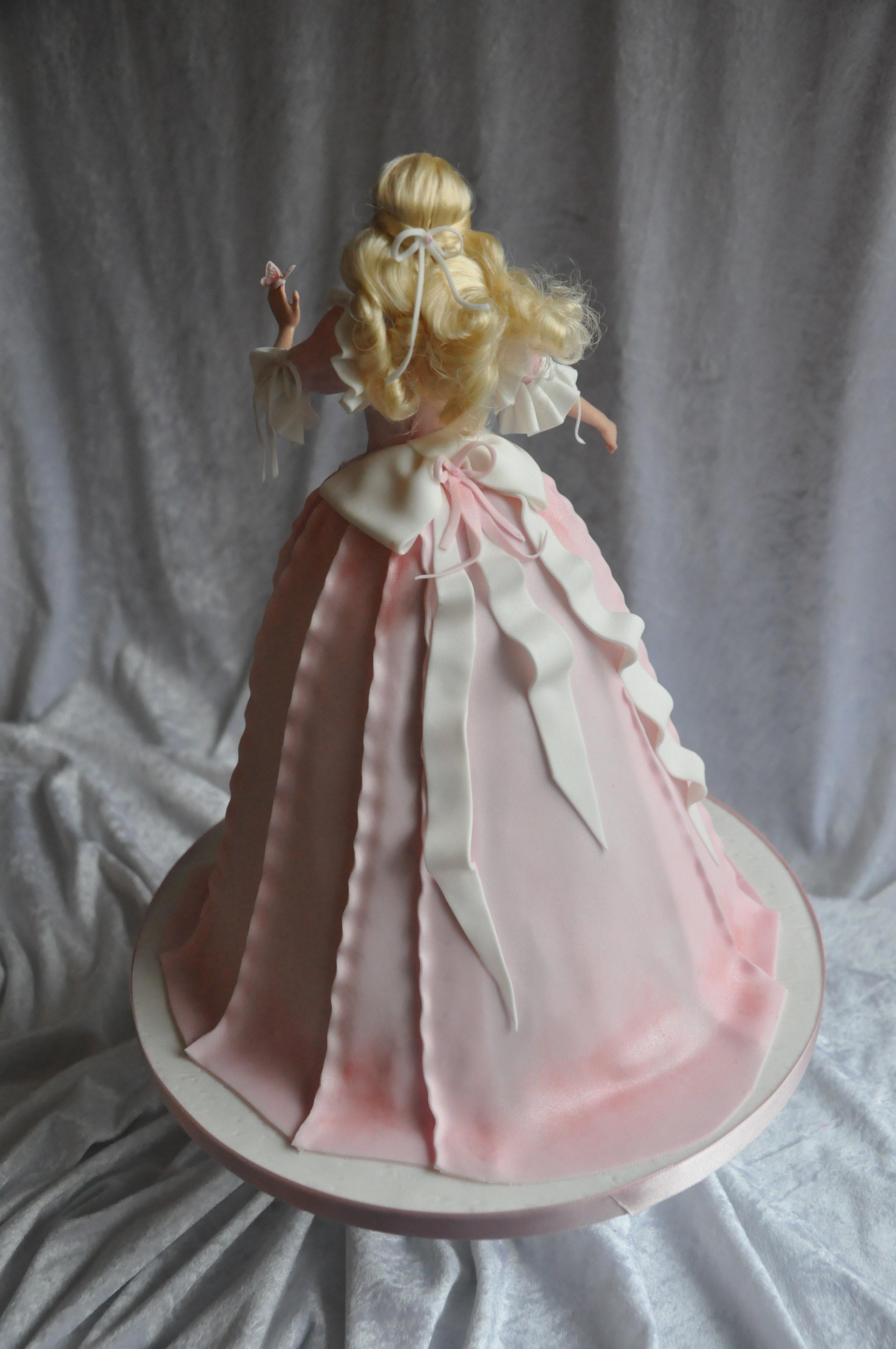2014-03-29 Princess Barbie Birthday Cake 16.JPG